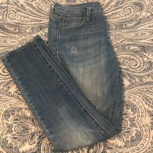 Old Navy size 2 regular cropped jeans